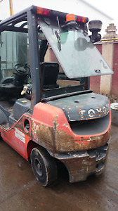 FORKLIFTS WANTED/BUY FORKLIFTS