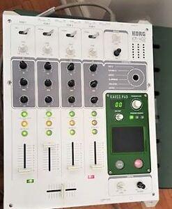 KORG Korg KM 402 (4 Channel dynamic DJ mixer)