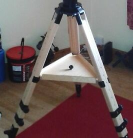 Berlebach UNI-28 wooden telescope tripod for HEQ5/ EQ5 / EQ3-2 / giro & AZ4 mounts
