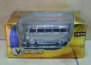 VDubs Jada 1962 Volkswagen Bus Limited Metal Die-Cast 1:64 Scale