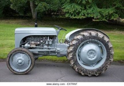 Wanted old tractor !!!!!!!