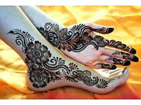 *** Professional Henna / Mehndi Artist in London ***