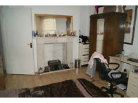 Fantastic two double bedroom flat in Hammersmith!