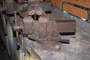 Chas Parker 4.5inch machinist vise 1930s