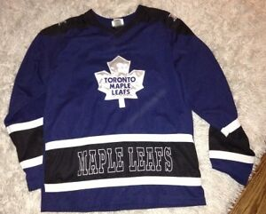 Boys size 18 Maple Leafs jersey for sale London Ontario image 1