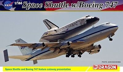 Dragon Project Cutaway NASA Space Shuttle Discovery w/747-100 model 1/144