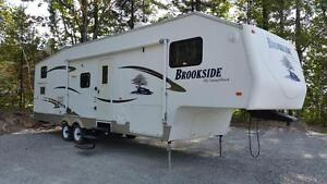 SUNNYBROOK BROOKSIDE 2007 15944$ WOW!