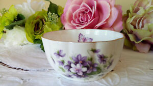 Vintage Aynsley Bone China  Bowl Wild Violets Pattern Gold Trim