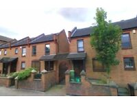 Beautiful 4 Bed 2 Bath House E14 Manchester Road minutes away from Island Garden DLR