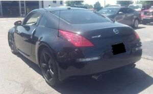 Nissan 350z Anniversary Edition - Black on Black