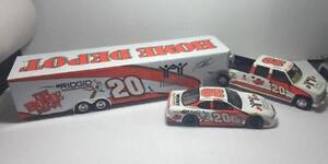 1999 Tony Stewart Home Depot Diecast Crew Cab, Trailer & Car