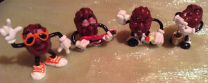 VINTAGE 4 CALIFORNIA RAISINS PVC FIGURES FROM THE 1980's