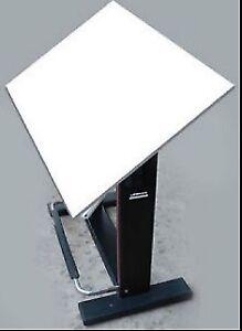 PROFESSIONAL DRAFTING TABLE--LEONAR NEOLT
