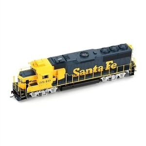 MODEL TRAINS - HO SCALE RAILWAY LOTS