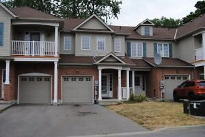Beautiful three bedroom townhome/6 Chloe St., St. Catharines