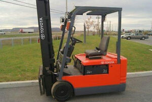 FORKLIFT TOYOTA CHARIOT ELEVATEUR