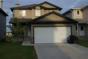 4 to 6 BEDROOM N.W. & N.E CALGARY HOUSES WITH GARAGES
