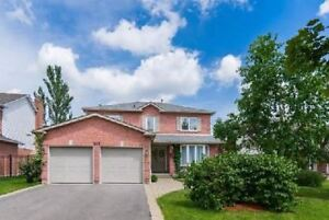 House for rent in Oakville 4Br+3Wr