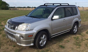 2006 Nissan X-trail SUV with winter on rims!