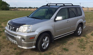 2006 Nissan X-trail Extreme SUV, Crossover w/ winter tires