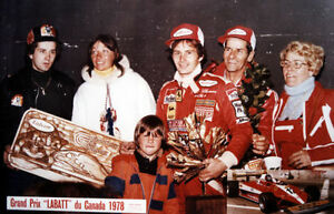 Collection Gilles Villeneuve Ferrari articles objets Formule un