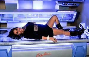 $20. Tanning Session Including Lotion BRONZAGE NO CONTRACTS Gatineau Ottawa / Gatineau Area image 6