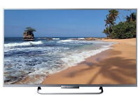 sony bravia kdl-32w706 . smart . led screen. wifi . mint condition . comes with the box