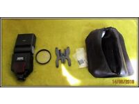 SIGMA Camera Flash with a bag- BRAN NEW!