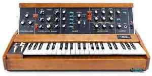 Cherche synthé Moog ou autre vieux clavier