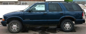 2000 GMC Jimmy Envoy SUV, Crossover $1700 Or Best Offer!!
