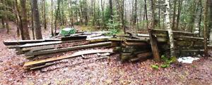 Grand lot de bois de grange à vendre
