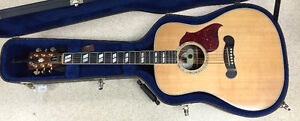 2011 Gibson Songwriter Deluxe Acoustic Electric Guitar $1999.99