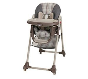 AVAILABLE TILL 5 PM TODAY! High chair $10