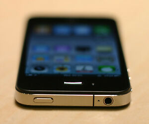 iPhone 4 - 16 GB - Unlocked - Excellent Condition