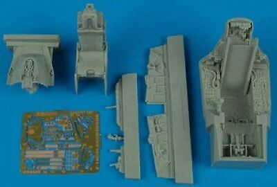 AIRES HOBBY 1/48 F16C/N COCKPIT SET FOR TAM 4449