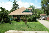 1806 44 St, Vernon BC - Older Home On .23 Acre Lot!