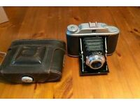 Kershaw 120 roll film early 1960s vintage camera