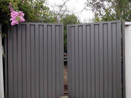 Colorbond Double Gates South Morang Whittlesea Area Preview