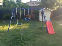 Children's swingset - Good nick