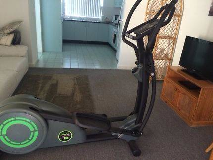 Orbit Alpha E3 Elliptical Cross Trainer Shelley Canning Area Preview