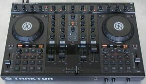 Traktor S4 for sale  - For those who are tech/electrical-savvy
