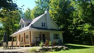 WATERFRONT LAKESIDE COTTAGE HOME ON MAGNIFICIENT LOT