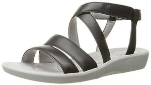 CLARKS SANDALS BRAND-NEW IN BOX