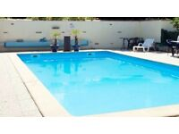 Relaxing holiday in Chef Boutonne , SW France, pets welcome, heated swimming pool, bar & restaurant.