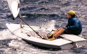 Sail dinghy