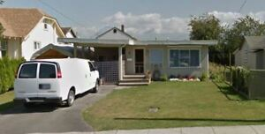 2br Cute&Cozy 2 bedroom ranch style house on prime location