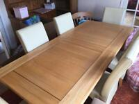 Oak Dining Table with 6 Cream Leather Seats
