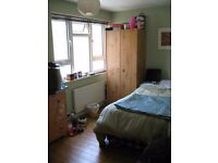 Double Room to rent, Wifi, all bills included, good parking.