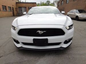 2015 Ford Mustang V6 VERY CLEAN,AUTO,COUPE