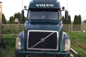For Sale 2007 Volvo 670 Sleeper Truck